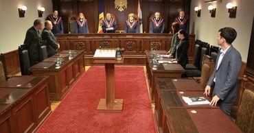 Судьи КС не могут быть привлечены к ответственности даже после увольнения.