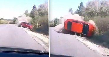 Момент серьезной аварии в Леово попал на видео.