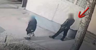 В Кишиневе мужчина ограбил пожилую женщину в подъезде жилого дома.