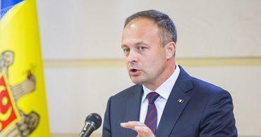 Депутат Андриан Канду.