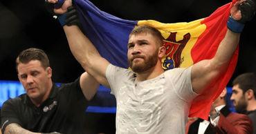 Боец UFC в полутяжёлом весе Ион Куцелаба.