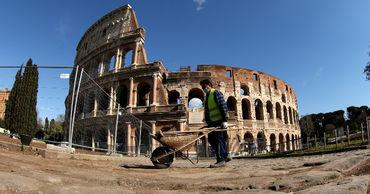 Министр культуры Италии рассказал о проекте реставрации пола Колизея.