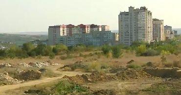 Решение о продаже участка на Чеканах муниципальные советники приняли в начале августа.