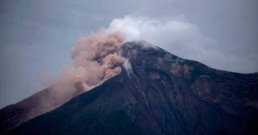 В Гватемале началось извержение вулкана Фуэго.