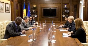 Гречаный встретилась с заместителем помощника Госсекретаря США.