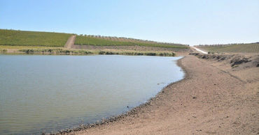 В озерах Авдармы уровень воды снизился до 50 сантиметров.