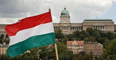 Глава МИДЕИ находится с рабочим визитом в Венгрии.