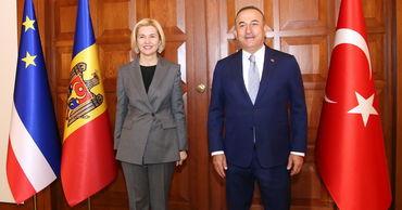 Башкан Гагаузии отправилась в Турцию за помощью в борьбе с COVID-19.