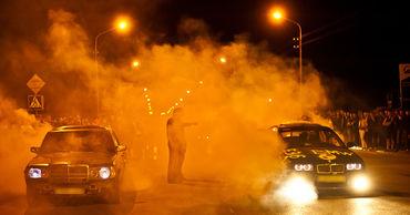 За организацию уличных гонок грозит штраф 75 000 леев или тюремный срок.