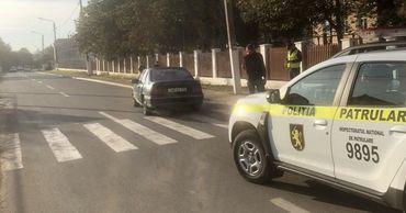 В Хынчештах автомобиль сбил 9-летнюю девочку на пешеходном переходе.