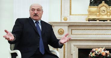 Лукашенко заявил, что Минск сам определит, у каких российских компаний закупать нефть.