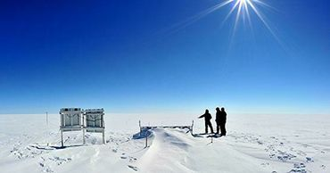 Ученые связали таяние ледников Гренландии с потоком мантийного тепла.
