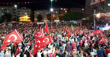 Власти Турции арестовали более 40 прокуроров и судей по подозрению в госперевороте.