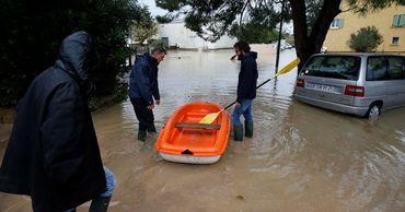 Непогода в Европе привела к человеческим жертвам.