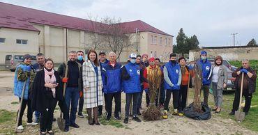 В Кирсово заложили «Сад памяти» в честь участников войны.