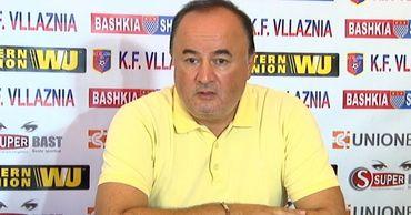 Тренер сборной Молдовы Энгин Фират.