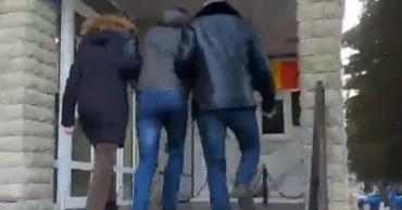 В Кишиневе уроженец Единецкого района украл телефон у знакомого.