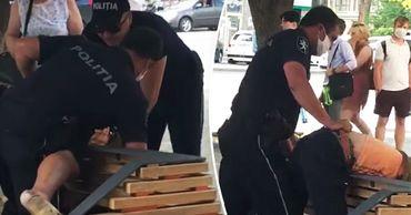 На Рышкановке полиция задержала мужчину.