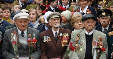 Выплаты ветеранам ко Дню Победы в России оказались меньше, чем в Казахстане и Узбекистане.