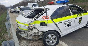 В Страшенском районе произошло ДТП с участием патрульной машины и BMW X5