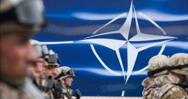 """Германия предлагает создать """"экспертную группу"""" для укрепления НАТО."""