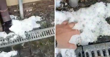 В поселке Демидов 2 июня выпал снег.