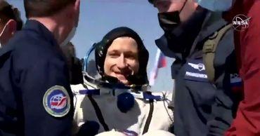 «Союз МС-17» вернулся с МКС: космонавты покинули приземлившийся аппарат
