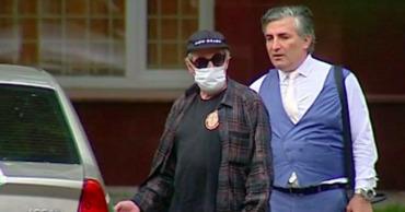 Адвокат Ефремова оценил видео разговора актера с полицейским после ДТП.