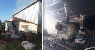 Пожар в ангаре в Криулянском районе тушили 5 пожарных экипажей. Фото: Point.md.