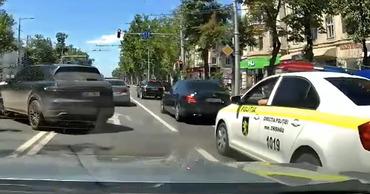 "Инцидент с ""Порше"": в полиции объяснили отсутствие реакции на нарушение."