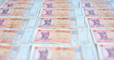 По данным АПС, в этих условиях компании за долгие годы накопили долги, которые они не могут погасить.