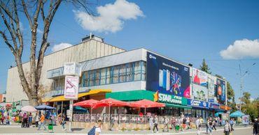Кинотеатр им. Котовского был открыт в Бельцах в 1973 году и стал самым крупным в Молдове.