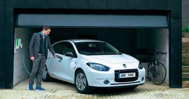 Субсидию в €5 тысяч получат те, кто покупают электромобиль дороже €40 тысяч.