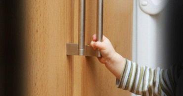 В Кишиневе 5-летнюю девочку насмерть придавило упавшим шкафом.
