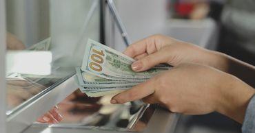 НБМ: В марте объем покупки валюты у физических лиц возрос на 7,5%