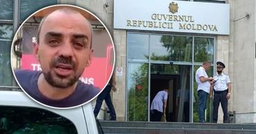 Мужчину, разбившего окно в правительстве, освободили: Я хочу в тюрьму. Коллаж: Point.md
