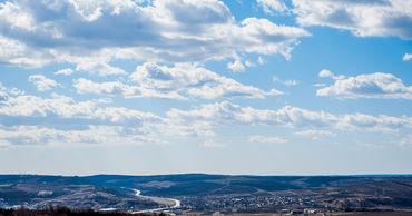 25 марта в Молдове ожидается переменная облачность. Ветер северо-восточный, слабый до умеренного.