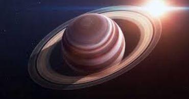 Ученые объяснили, почему атмосфера Сатурна такая горячая.