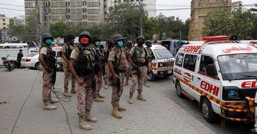 Пакистан временно заблокировал работу соцсетей.