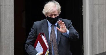 Премьер Великобритании назвал 4 условия отмены ограничений.