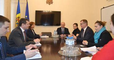 Вице-премьер Пушкуца встретился с членами Ассоциации инвесторов Румынии.