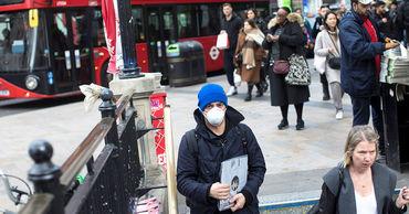 Британские власти начнут отслеживать контакты заразившихся коронавирусом.