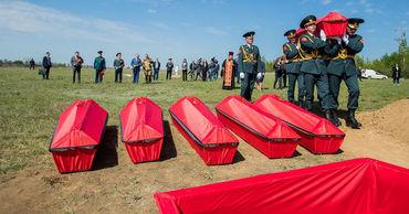 В Молдове перезахоронили останки 45 солдат, павших в боях ВОВ.