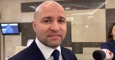 Чеботарь прокомментировал свою инициативу по увеличению зарплат депутатам.