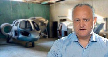Додон: Государство должно поддержать конструкторов вертолетов из Криулян. Коллаж: Point.md