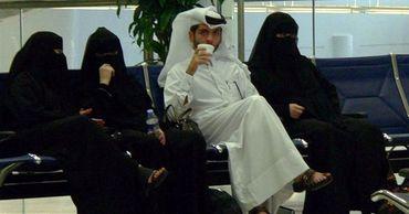 Ученый назвал причину потери актуальности многоженства в арабском мире.