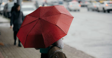 4 мая в Молдове ожидаются кратковременные грозовые дожди. Ветер северо-западный, слабый до умеренного.