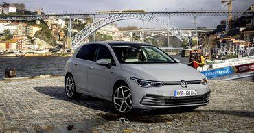 Volkswagen прекратил поставки нового Golf из-за ошибки в программном коде.