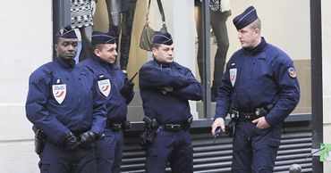 Макрон ждет от правительства предложений по улучшению имиджа полиции.