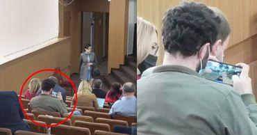 Советник ПДС играл в телефоне на заседании Мунсовета